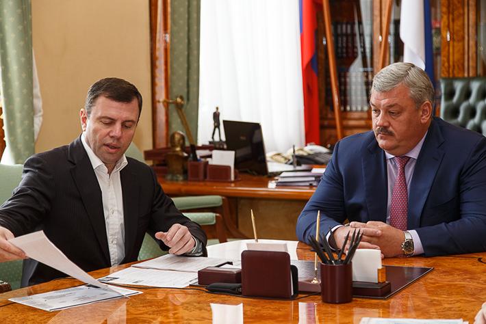 Glava_Lazarev&Guryev_01